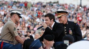 Kris Allen Honors Veterans