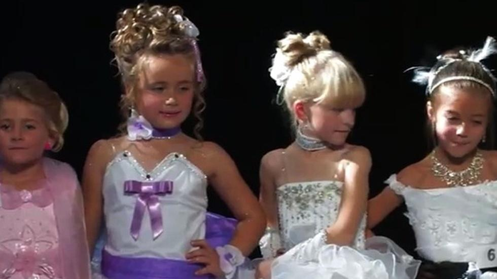 Will France ban childhood beauty pageants? image