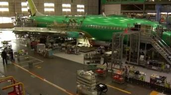Boeing workers vote on critical labor contract