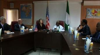 U.S. sends plane to scan for Nigeria's abducted girls