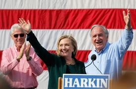 She's 'baack' — Hillary Clinton returns to Iowa