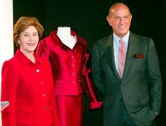 Oscar de la Renta leaves legacy at the runway, White House