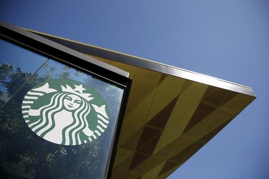 Why Starbucks is offering workers a college education