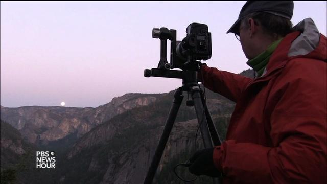 Photographers chase Yosemite's rare moonlight rainbows