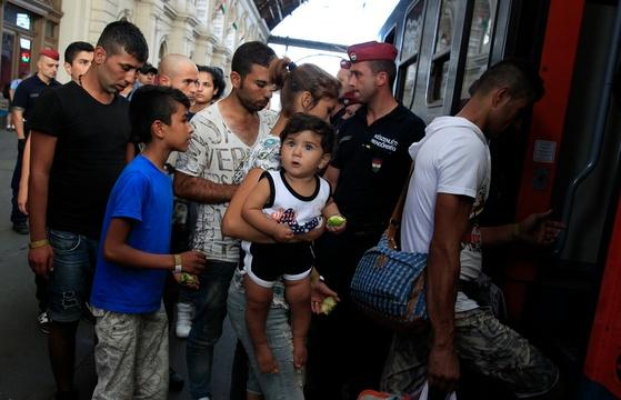 Europe grapples with how to help refugees fleeing conflict