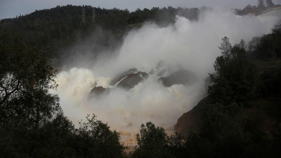 Oroville Dam highlights challenges of water management image