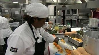 Chefs Cook Up Ideas for Healthy School Lunches