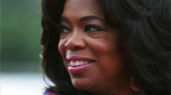 After 25 Years Atop Daytime TV, Oprah Takes Final Bow to... image