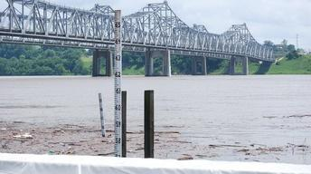 Miss. River Crests in Memphis, Flood Worries Head Downstream