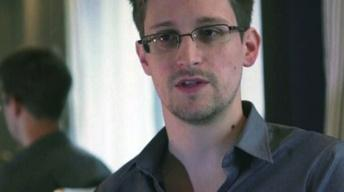 Father of Edward Snowden Says Son Is Not a Traitor