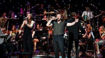 Alfie Boe Performs 'You're All I Need' with Melanie C