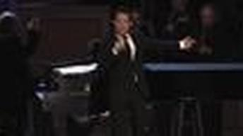 "Michael Feinstein Performs ""New York, New York"""