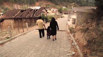 Sin País: Back in Guatemala