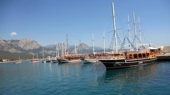 S8 Ep1: Antalya, Turkey: Relaxing Gulet Cruise