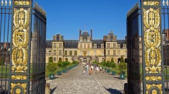 S8 Ep4: Fontainebleau, France: Royal Château