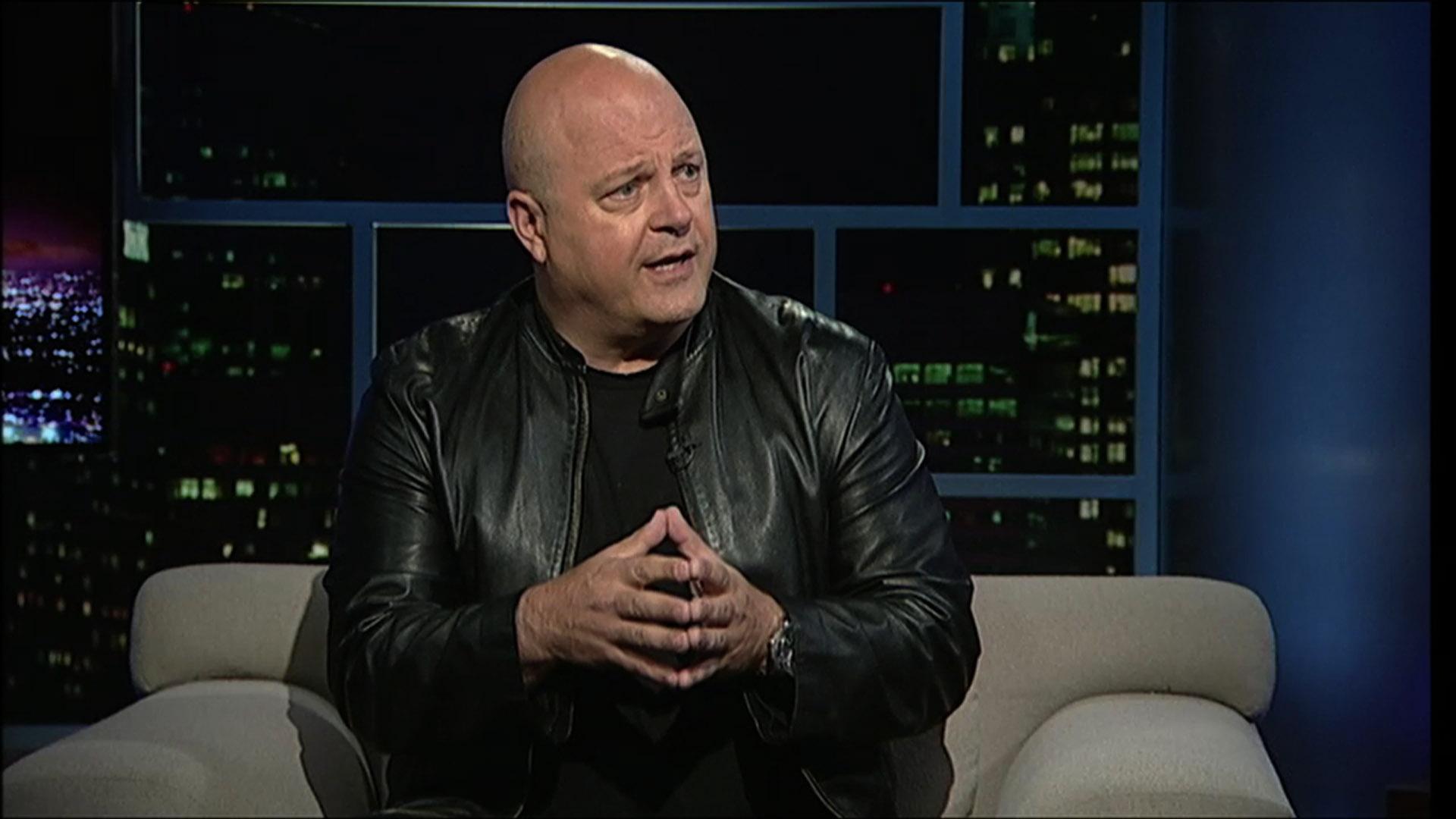 Actor Michael Chiklis image