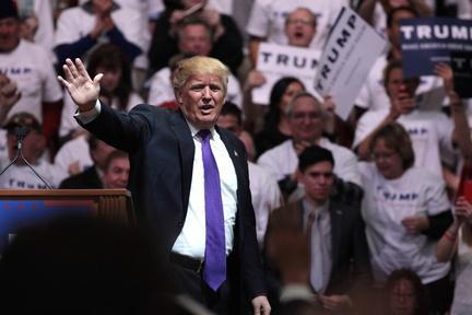 Trump, Rubio, Cruz battle ahead of Super Tuesday Video Thumbnail