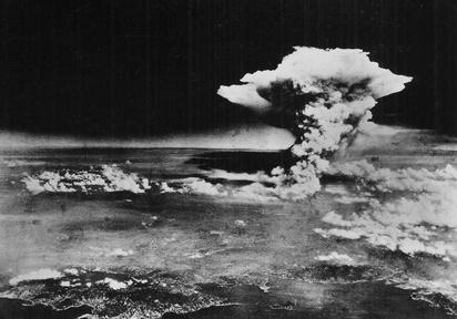 Obama will travel to Hiroshima, Supreme Court preview Video Thumbnail