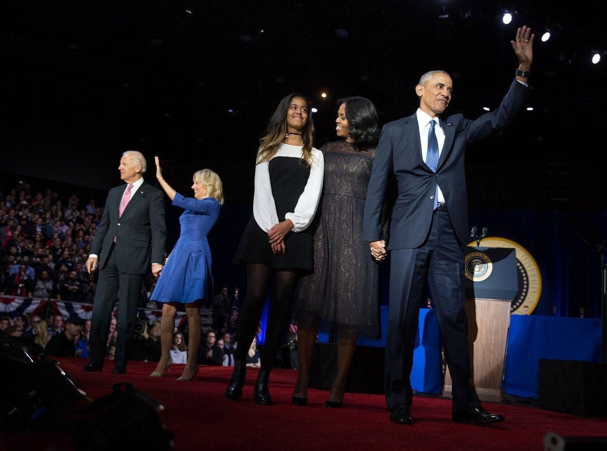 Obama says farewell and awards Biden Medal of Freedom