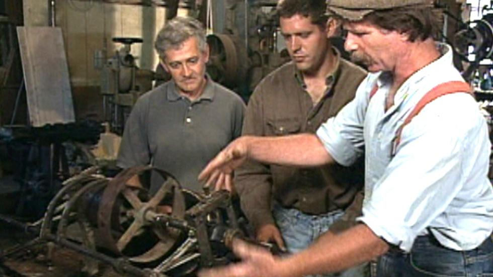 S26 Ep12: Old Woodworking Machines image
