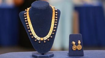 S22 Ep4: Appraisal: Victorian Gold Necklace & Earrings, ca.