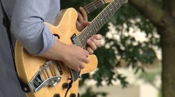 Nashon Holloway Band - Beggin' Bread