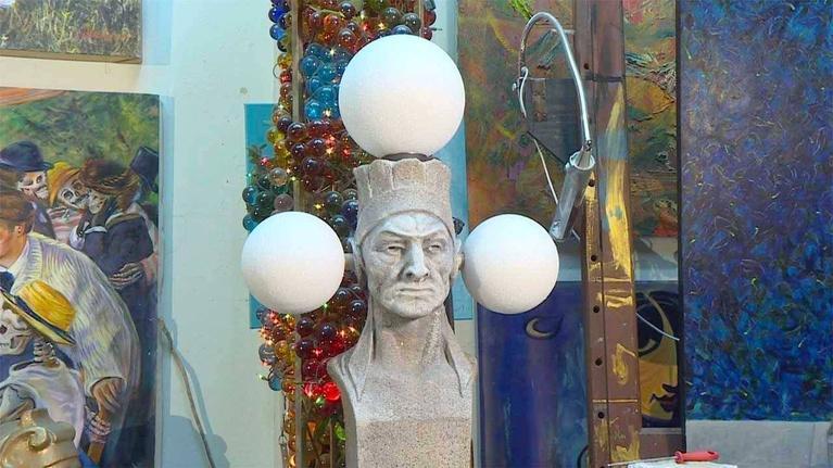 KLRN ARTS: Nov. 30, 2017 | Historic sculpture found in thrift store