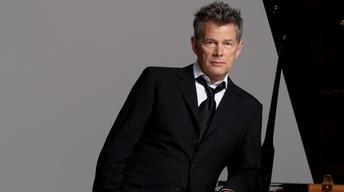 Great Performances: Hitman - David Foster & Friends Preview