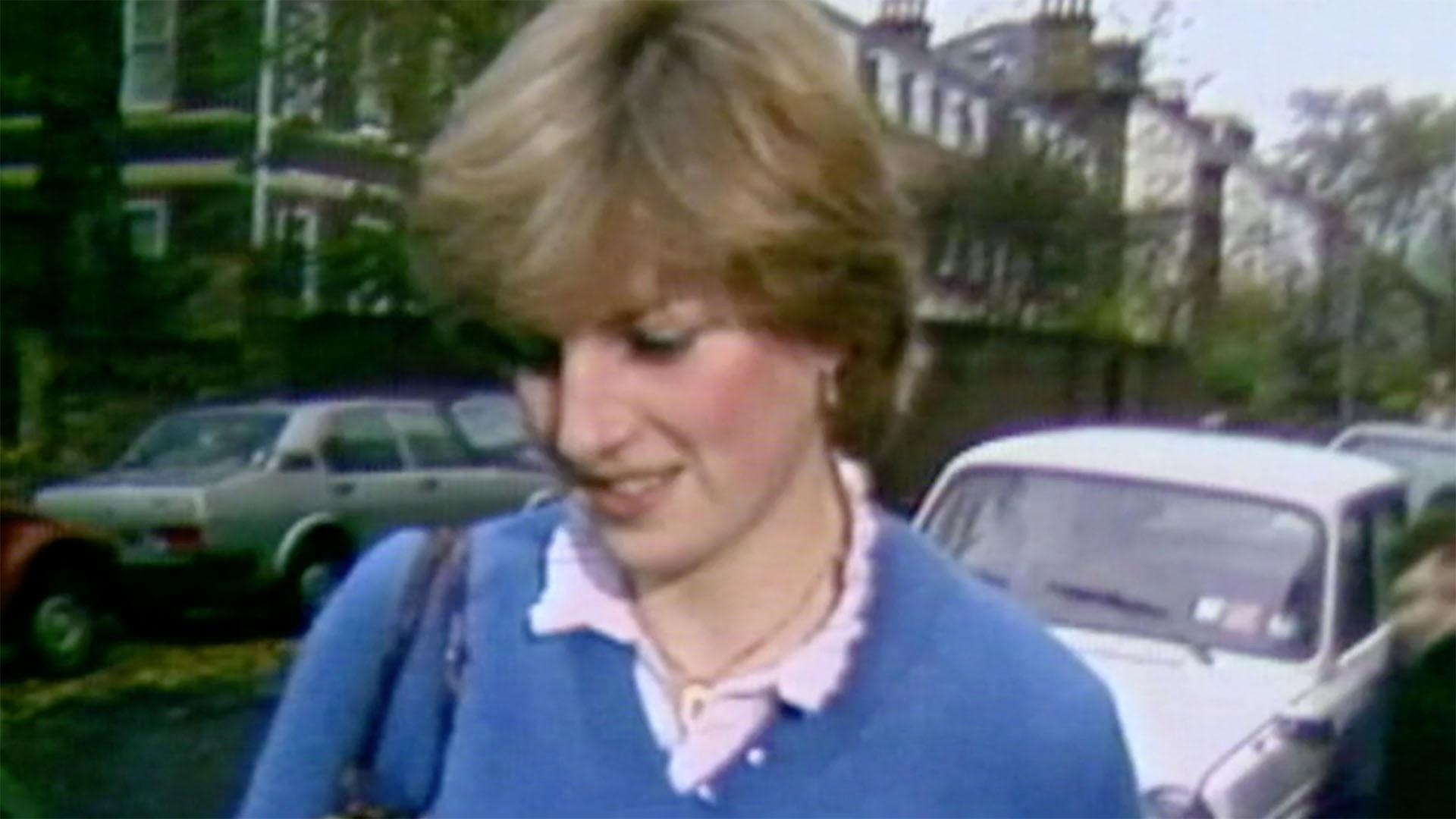 Young Diana Meets Charles