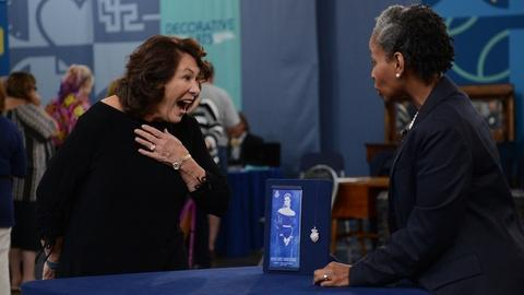 Antiques Roadshow -- S21 Ep14: Virginia Beach, Hour 1