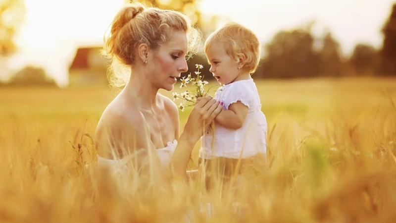 13 Favorite Quotes About Mothers