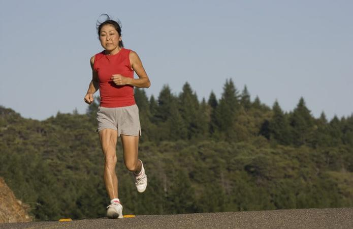 6 Reasons to Learn to Love Jogging After 50