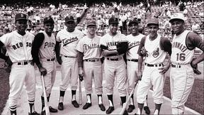 Image of Latino Ballplayers Join the Major Leagues