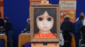 """Image of Margaret Keane and Her """"Big Eyes"""" Paintings"""