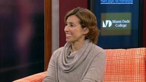 Image of Kami Garcia Interview at Miami Book Fair