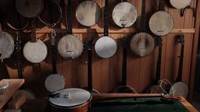 Image of Banjo Maker Jim Hartel on craft