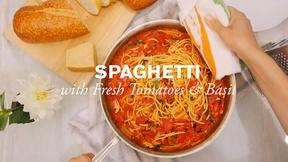Image of Spaghetti with Tomatoes and Basil