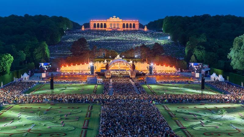 WATCH a preview | Vienna Philharmonic Summer Night Concert 2016