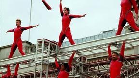 Image of Born to Fly: Elizabeth Streb vs. Gravity