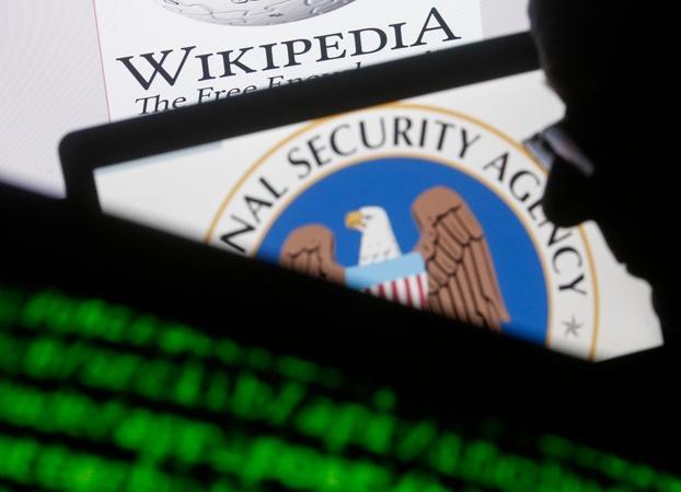 NSA contractor suspected of espionage deemed a flight risk