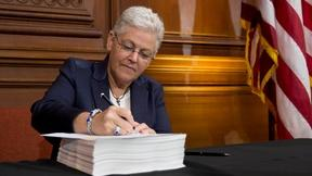 Image of EPA chief defends price of carbon-cutting plan