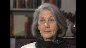 Image of Nobel-winning South African author Nadine Gordimer in 1987