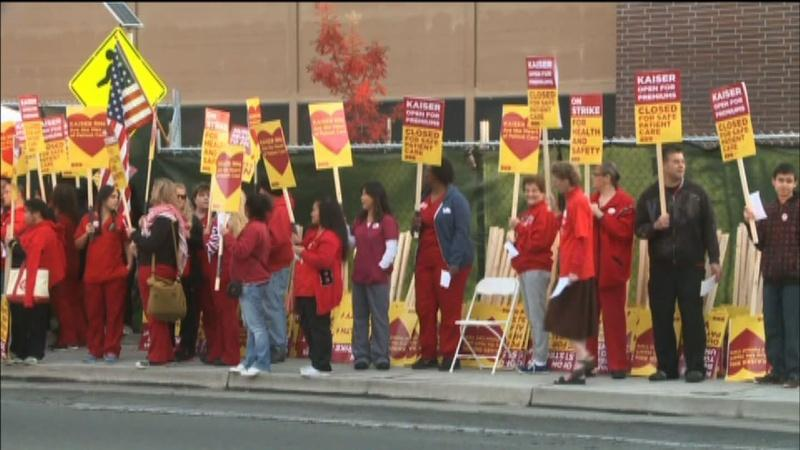 U.S. Nurses Rally for Improved Ebola Protections