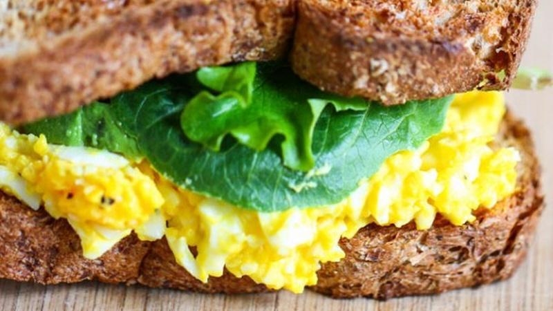 Make The Perfect Egg Salad Sandwich