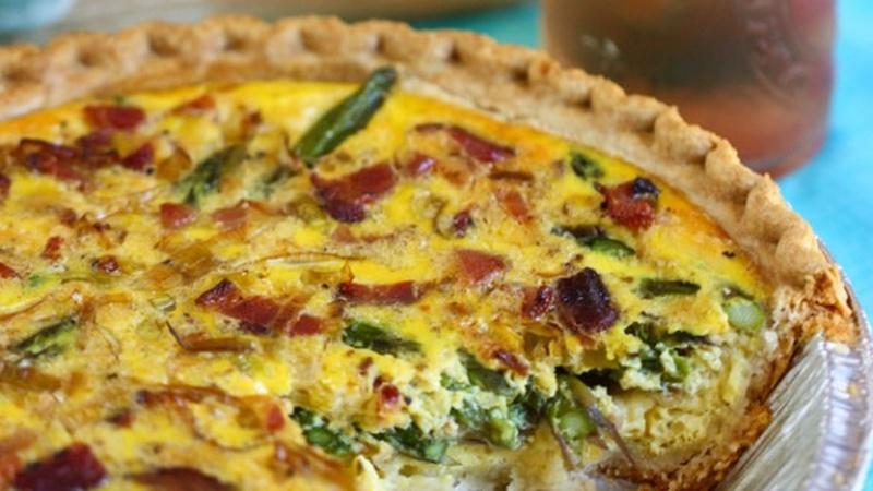 Treat Your Mom with Asparagus Quiche for Brunch