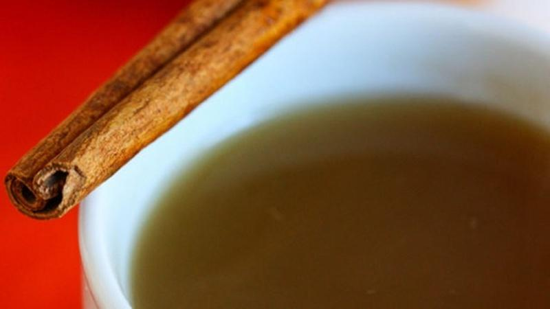 Cozy Up with Some Hot Spiced Apple Cider