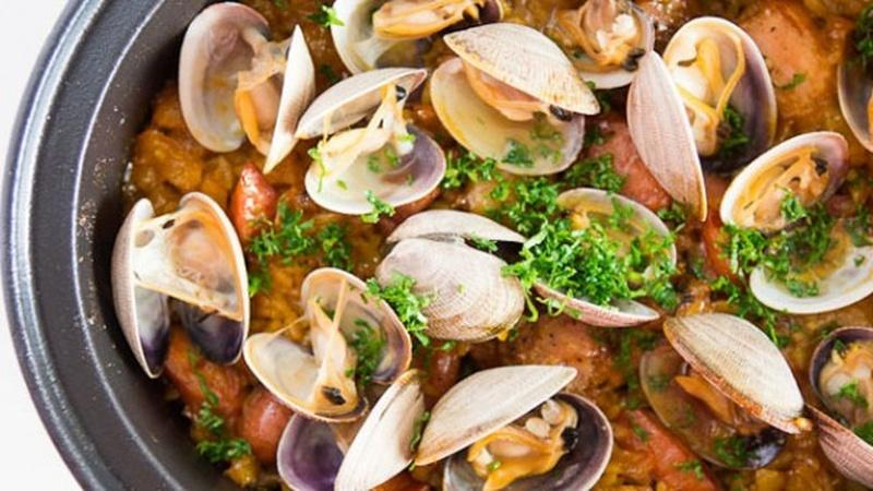 Redefine Rice with Clams and Chicken Paella