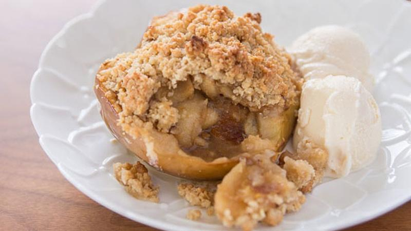 Bake Apple Pie Without a Crust