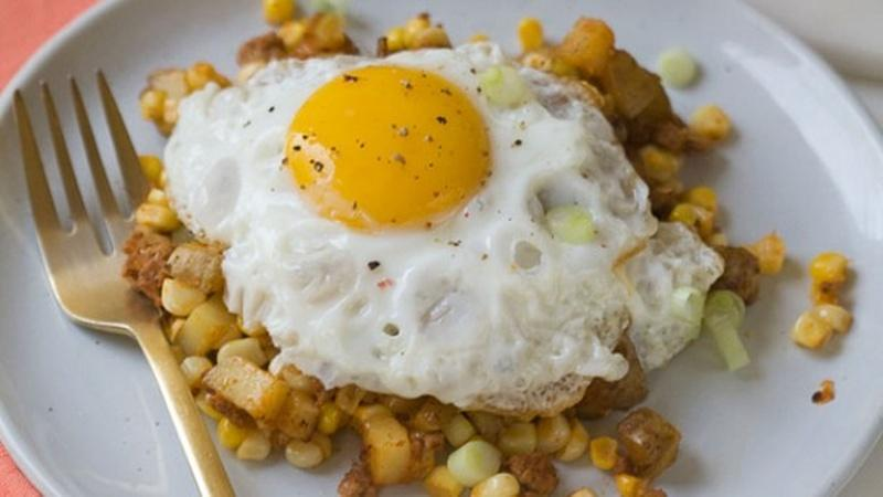 Celebrate Summer With Corn and Chorizo Hash