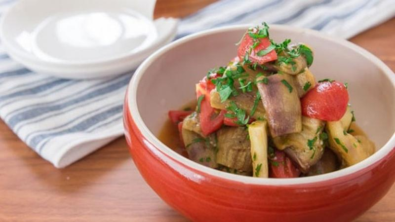 Make Eggplant and Tomato Salad